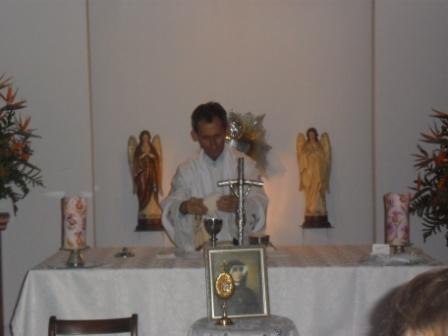visita-reliquias-faustina-6.JPG