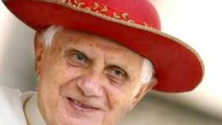 Benedicto XVI celebra su 86º cumpleaños en Castel Gandolfo