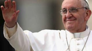 Mensaje del papa Francisco por el Día de las Madres y el Buen Pastor 2014