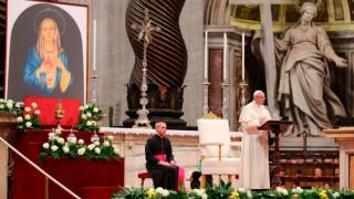 Papa Francisco: La oración a Dios es la verdadera medicina para nuestro sufrimiento