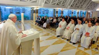 """Papa Francisco advierte sobre el peligro de ser un """"cristiano huérfano"""""""