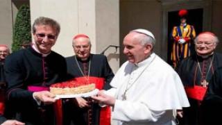 El Papa Francisco celebra su cumpleaños 77