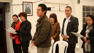 Oración del Ángelus en la Casa de la Misericordia  pidiendo por la restauración de la imagen de Dios en nuestras familias.