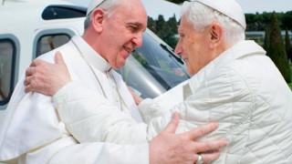 Papa Francisco: Benedicto XVI es como un padre a quien quiero mucho