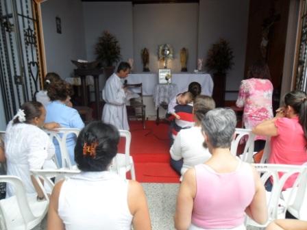 visita-reliquias-faustina-15.JPG