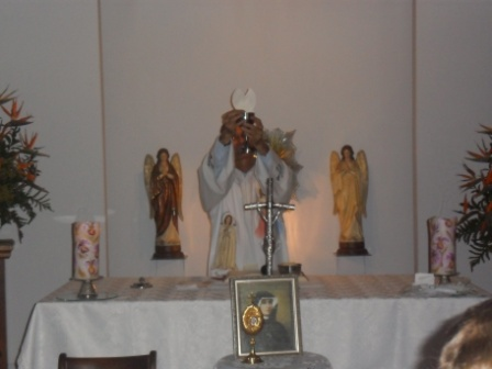 visita-reliquias-faustina-4.JPG