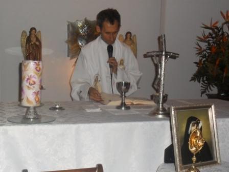 visita-reliquias-faustina.JPG